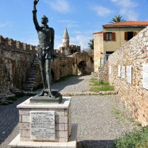 Monumento a Miguel de Cervantes en Lepanto
